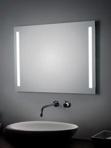 Espejo doble con iluminación lateral